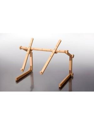 Стриж - диванно-настільний верстат для вишивання
