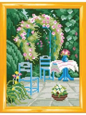 В саду (канва/страмин с рисунком)