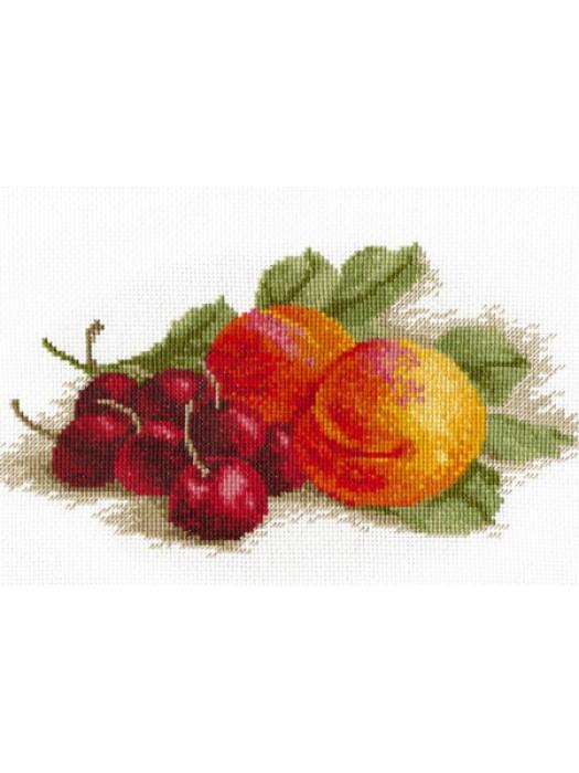 П7 002 Натюрморт с персиком