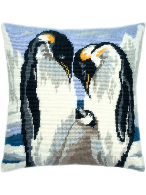 Подушка полукрестом Любящие пингвины