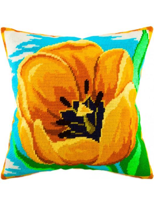 Вышивка подушка полукрестом